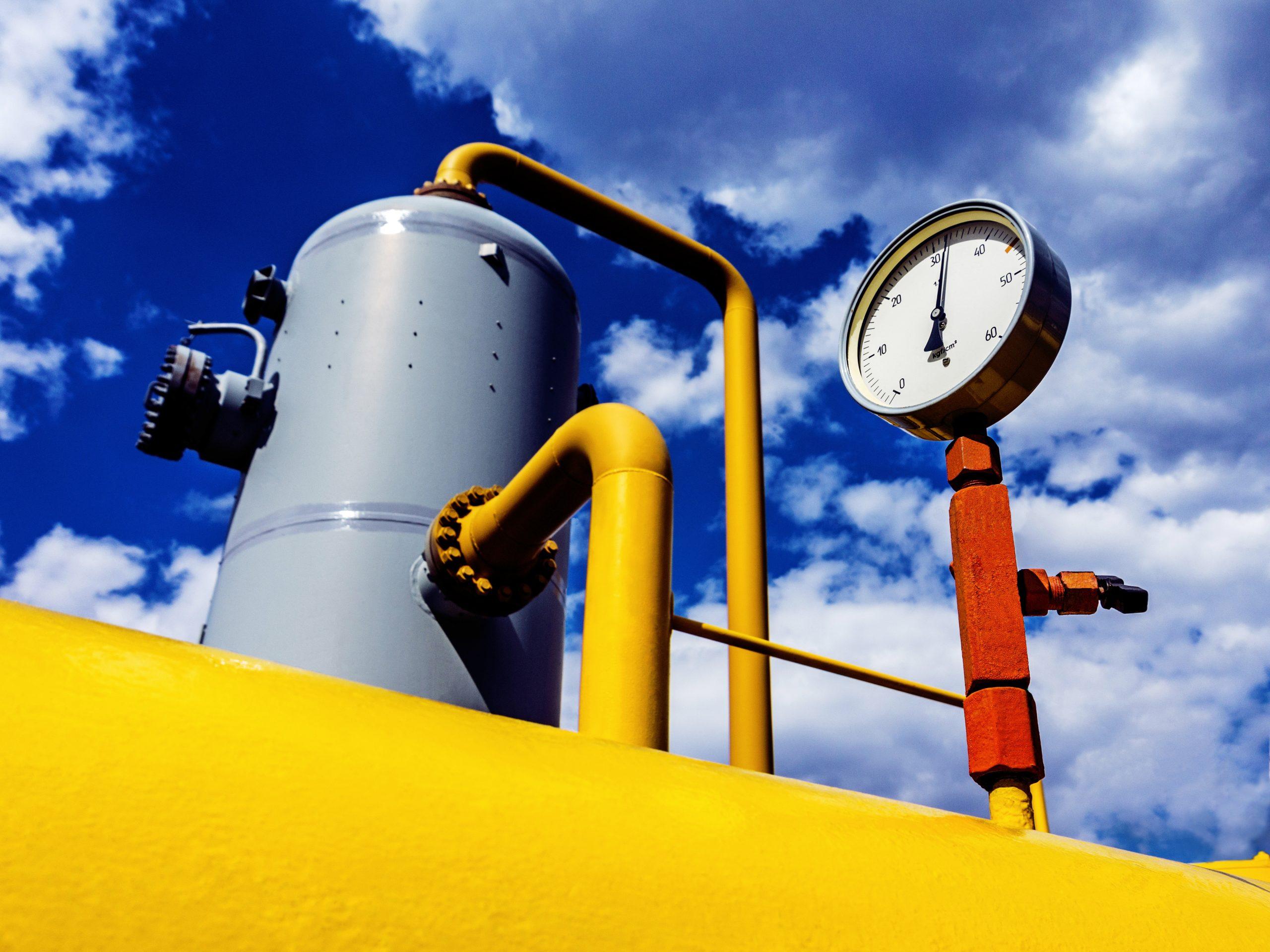 pressure valve gas pipeline cushion gas